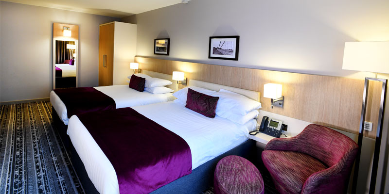the lancaster hotel bedroom1