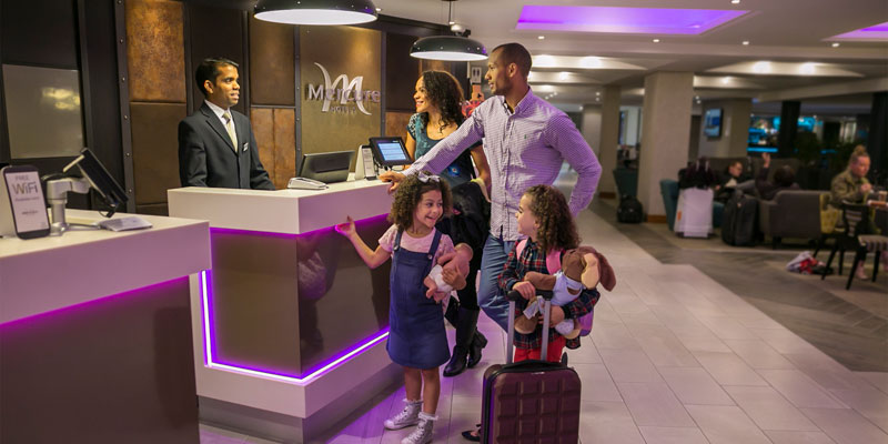 mercure london heathrow reception