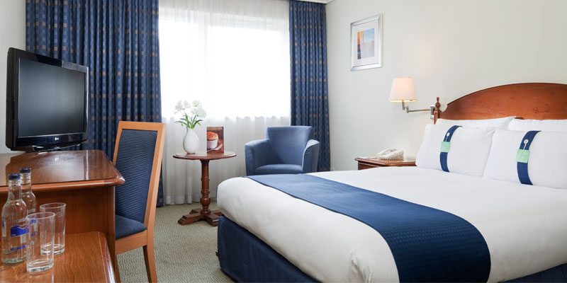 holiday inn farnborough room