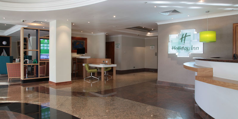 holiday inn heathrow terminal reception
