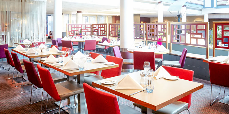 novotel heathrow restaurant