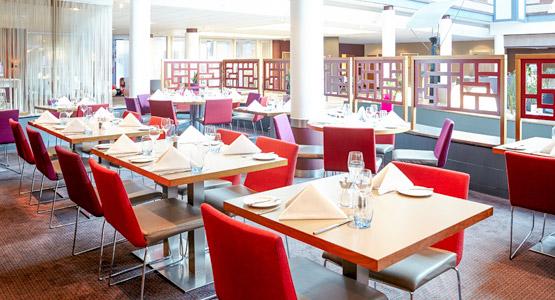 novotel heathrow restaurant
