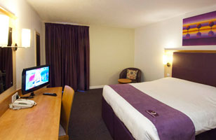 Heathrow Premier Inn Room