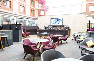 Novotel Heathrow novotel heathrow bar1