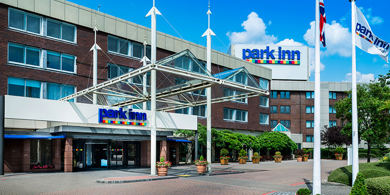 park inn heathrow hotels near legoland windsor. Black Bedroom Furniture Sets. Home Design Ideas